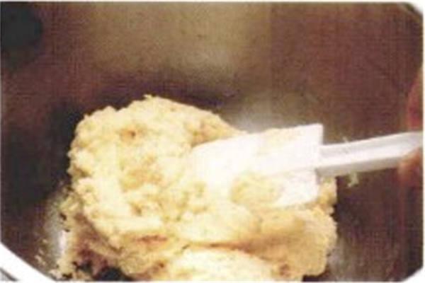 烘焙入门烘焙食谱之白葡萄干饼干制作步骤4
