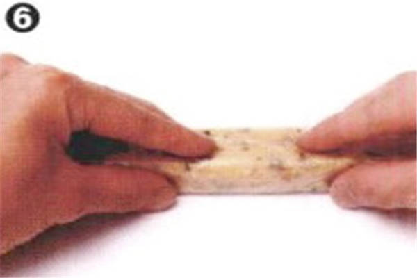 烘焙入门烘焙食谱之伯爵杏桃饼干制作步骤6