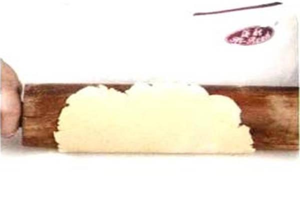 烘焙入门烘焙食谱之蜂蜜夹心饼制作步骤5