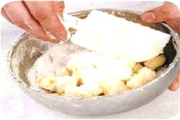 烘焙入门烘焙食谱之小猪公仔饼干制作步骤3