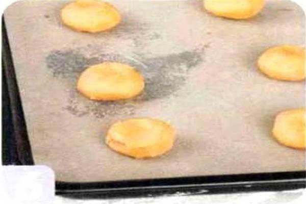 烘焙入门烘焙食谱之胡萝卜饼干制作步骤6