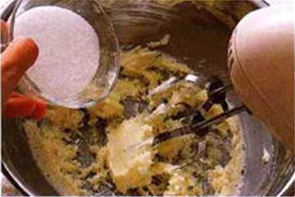 烘焙入门烘焙食谱之制作面糊制作步骤2