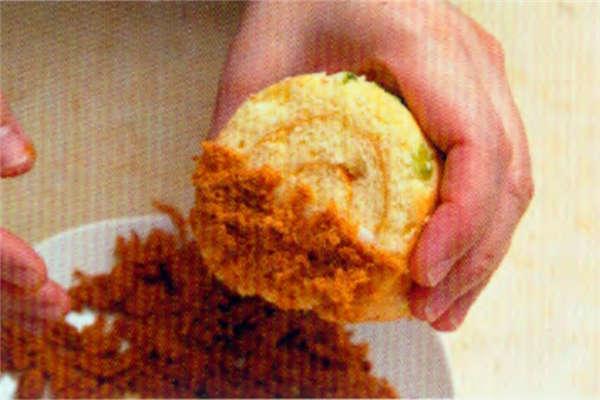烘焙入门烘焙食谱之葱花肉松咸蛋糕卷制作步骤18