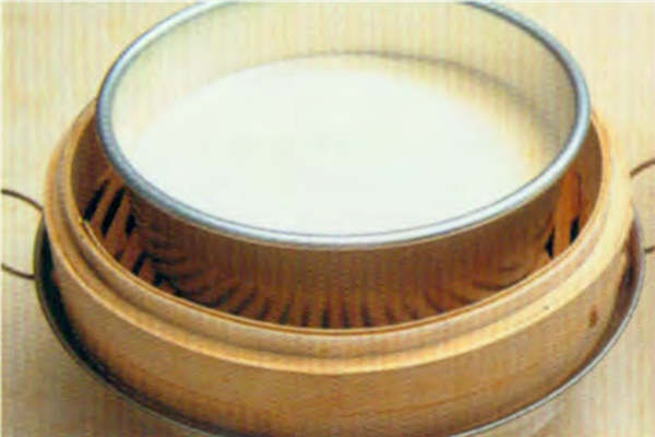 烘焙入门烘焙食谱之蒸咸蛋糕制作步骤3