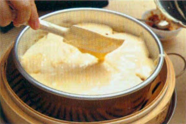 烘焙入门烘焙食谱之蒸咸蛋糕制作步骤6