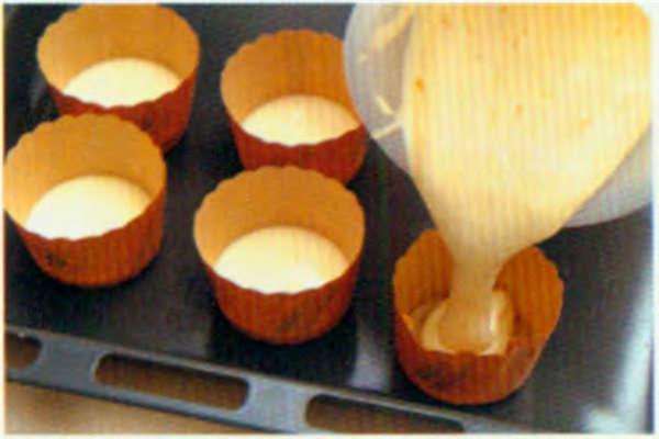 烘焙入门烘焙食谱之熔岩蛋糕制作步骤10