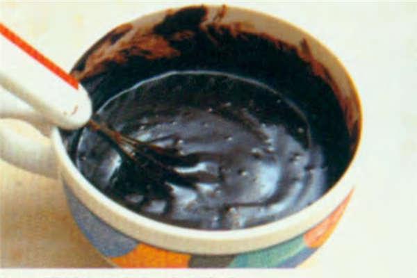 烘焙入门烘焙食谱之熔岩蛋糕制作步骤2