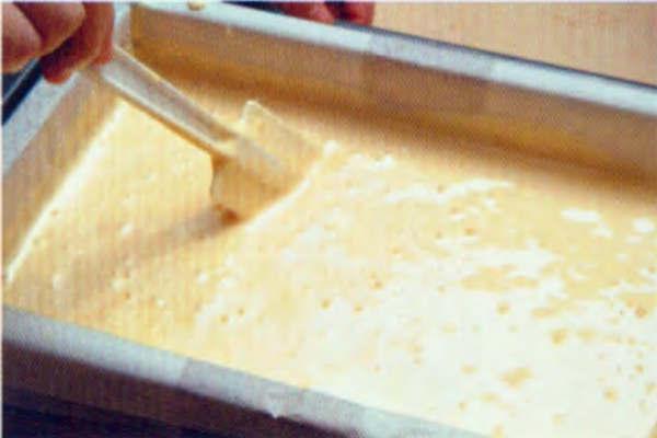 烘焙入门烘焙食谱之古典蜂蜜蛋糕制作步骤7