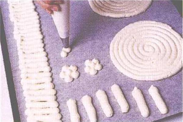 烘焙入门烘焙食谱之手指饼干制作方法制作步骤4