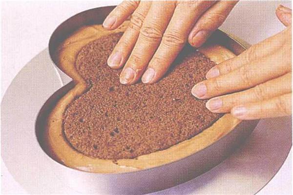 烘焙入门烘焙食谱之巧克力慕斯制作步骤4