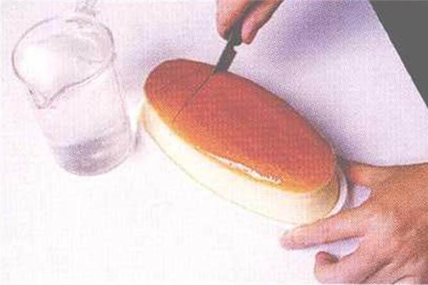 烘焙入门烘焙食谱之轻乳酪蛋糕制作步骤10