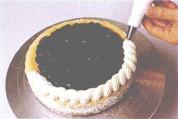 烘焙入门烘焙食谱之红茶蓝莓奶酪蛋糕制作步骤7