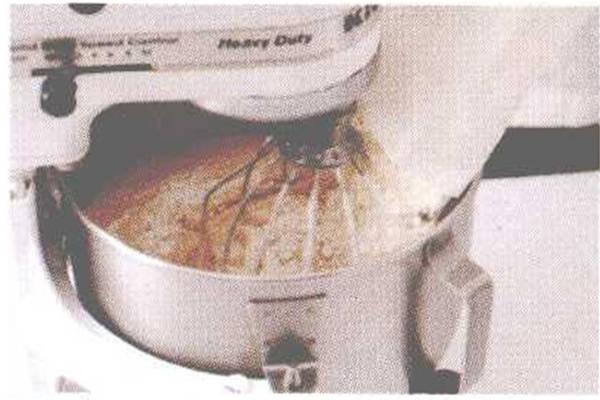 烘焙入门烘焙食谱之桂圆核桃蛋糕制作步骤4