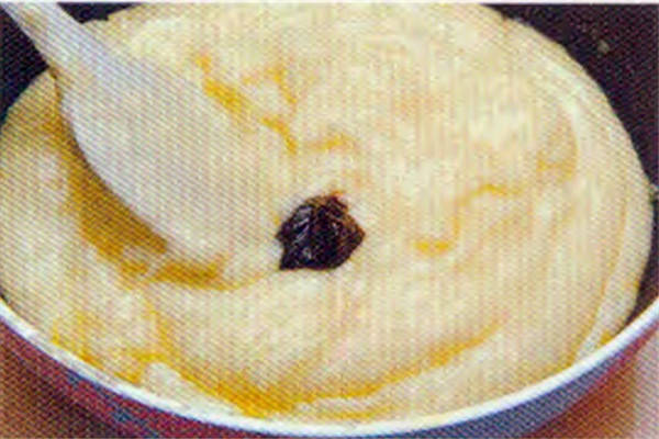 烘焙入门烘焙食谱之附:香草奶油布丁馅制作方法制作步骤7