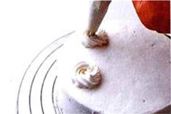 烘焙入门烘焙食谱之制作装饰制作步骤10