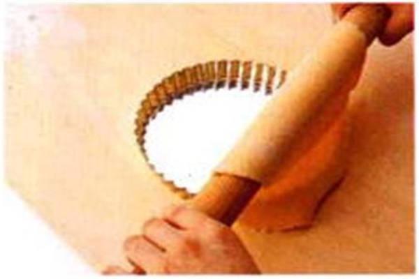烘焙入门烘焙食谱之擀面皮制作步骤1