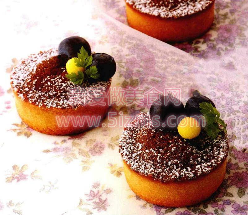 蓝莓杏仁巧克力挞蛋糕