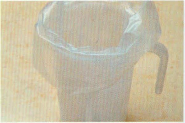 烘焙入门烘焙食谱之巧克力棉棉派制作步骤4
