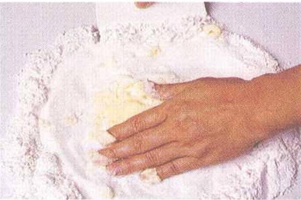 烘焙入门烘焙食谱之糖馅制作方法制作步骤1