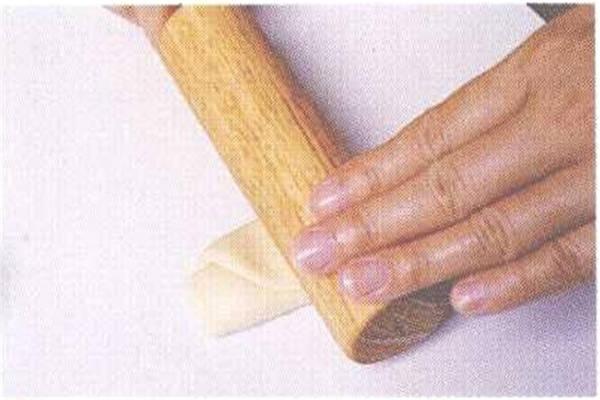 烘焙入门烘焙食谱之蛋黄酥制作步骤5