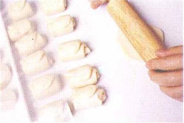 烘焙入门烘焙食谱之绿豆凸制作步骤6