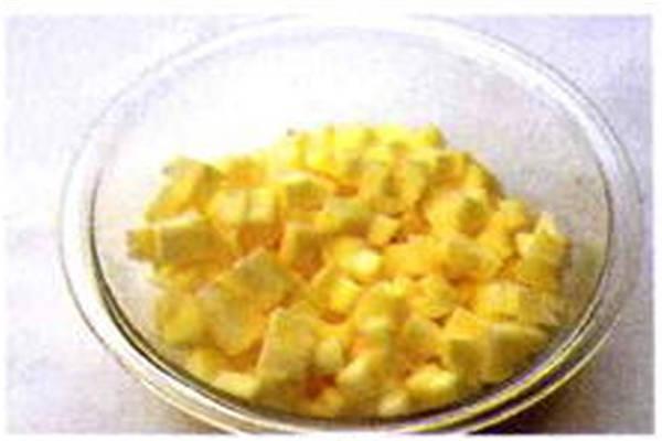 烘焙入门烘焙食谱之苹果入味制作步骤1