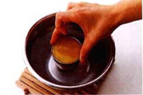 烘焙入门烘焙食谱之冷却凝固制作步骤2