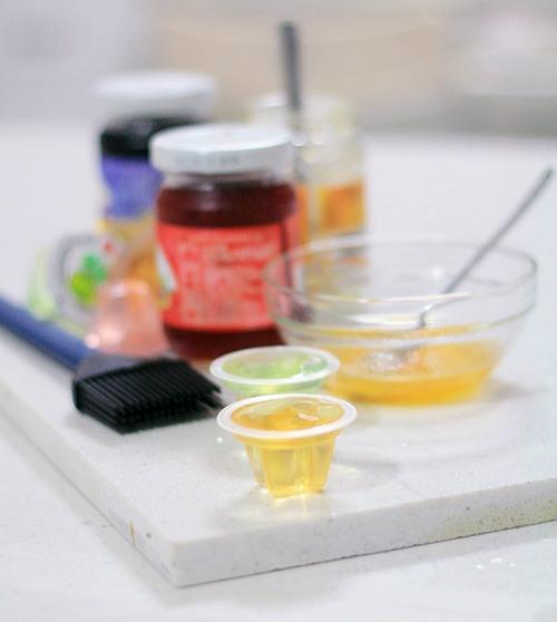 烘焙入门食谱镜面果胶的两种简易做法