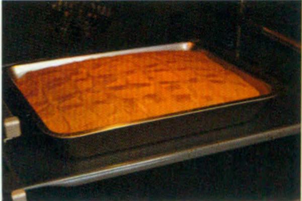 烘焙入门烘焙食谱之花生花纹蛋糕卷糕制作步骤8