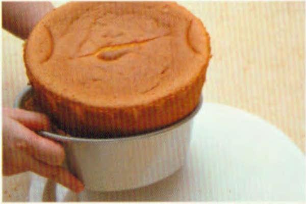烘焙入门烘焙食谱之基本分蛋蛋糕制作步骤24