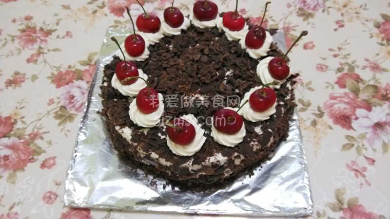 烘焙入门烘焙食谱之黑森林蛋糕