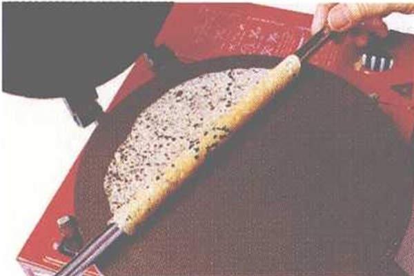 烘焙入门烘焙食谱之手工蛋卷制作步骤6