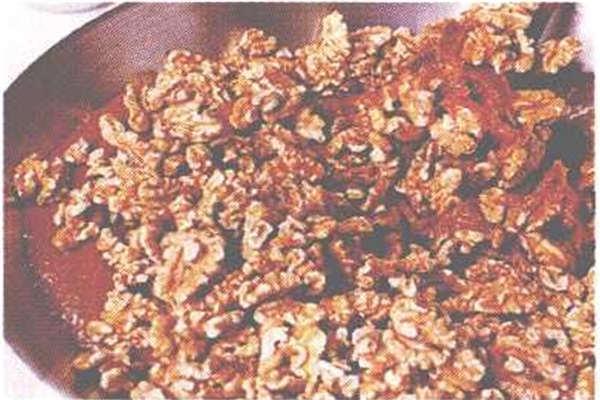 烘焙入门烘焙食谱之枣泥核桃糖制作步骤8