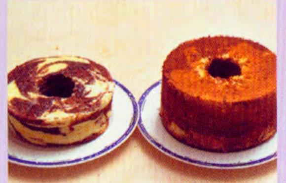 分蛋蛋糕黏模与自动脱模效果对比